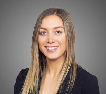 team member Enrika Bélanger